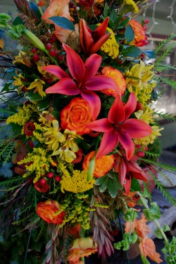Fall floral tribute