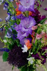 Wildflower-look with purples & orange