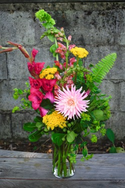 Summer mix with dahlia