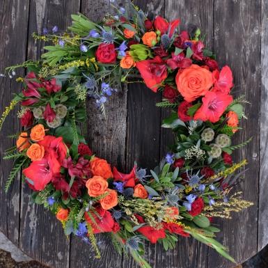 Fall tribute wreath