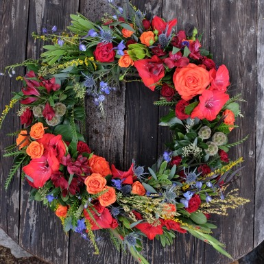 Fall tribute wreath