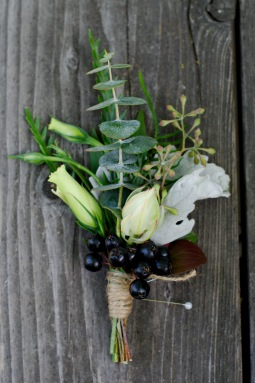 Boutonniere with berries & greens